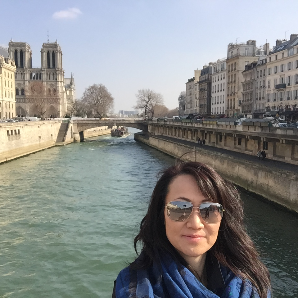 essays about beautiful places paris france Essence of paris the essence of paris by: samantha knowles paris is a beautiful city with a history of prestige and grandeur, and french people put a lot of effort in preserving the glory they once had in the past.
